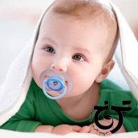 عوارض پستانک برای نوزاد